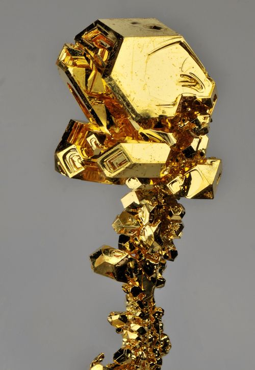 Truncated octahedral crystals of pure gold